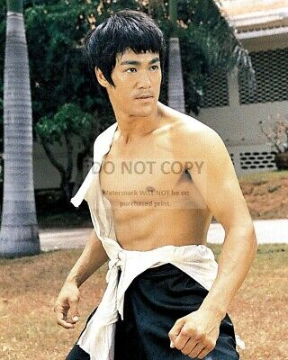 """Bruce Lee In The 1971 Film """"The Big Boss"""" - 8X10 Publicity Photo (Az980)"""