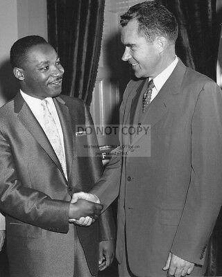 Richard Nixon With Dr. Martin Luther King, Jr. In 1957 - 8X10 Photo (Az982)