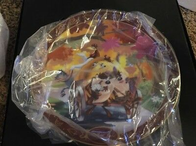 Collectible Plate: Warner Bros: Taz Falling In Love