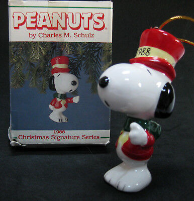 Snoopy Peanuts Porcelain Christmas Ornament 1988 Willitts Signature Series *SALE