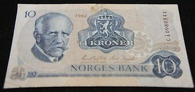 1982 10 Kroner Norges Bank Note in VG Condition Extremely Nice Note!!