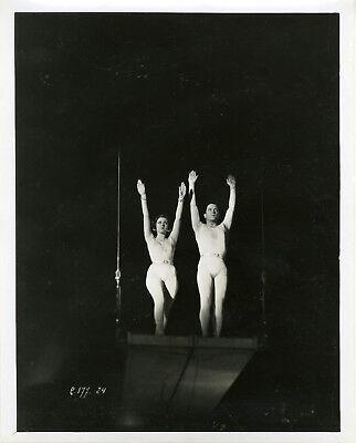 """CAMP-VOLANT (MARKO DER KLOWN)"" Photo originale 1931 Meg LEMONNIER, Roberto REY"