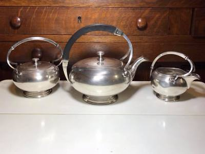 Meriden B. Co. Art Deco Silver Plate Tea Set