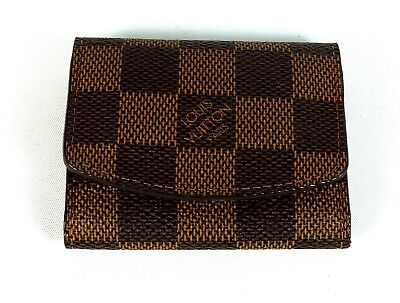 "Louis Vuitton 2.75"" x 3.25"" Damier tri-fold jewelry holder w/ snap closure"