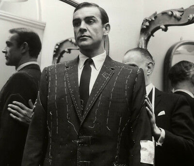 Sean Connery getting suited by Anthony Sinclair photograph - L5700 - James Bond