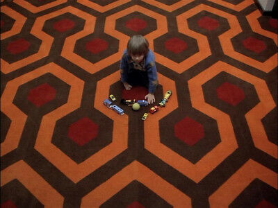 The Shining UNSIGNED photograph - L5977 - Danny Lloyd - NEW IMAGE!!!!
