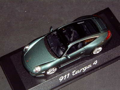 Porsche Design Driver's Selection Die-Cast Model Of The 911 Targa 4. 1:43 Nidsb