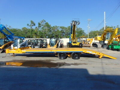 24 Ft Eager Beaver 20 Ton Equipment Tag Along Trailer W/ Built In Ramps