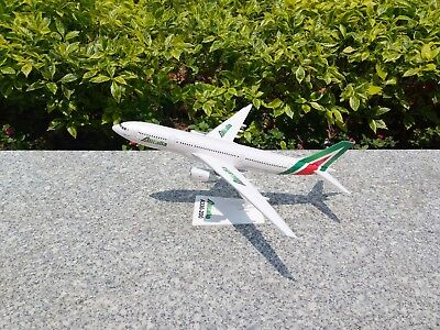 New 1:200 Scale Airbus A330-200 Alitalia Plane Aircraft Airplane Models MISB