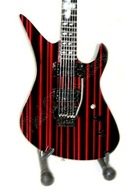 Miniature Guitar SYNYSTER GATES with free stand. Avenged Sevenfold black/red