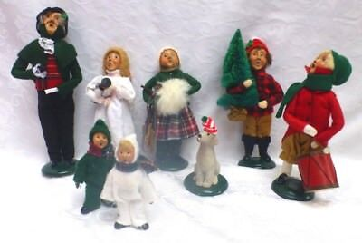 Lot of 8 Vintage Estate Lot of Byers Choice Christmas Carolers Carolers and Dog