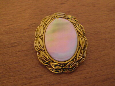 Gold Tone & Mother Of Pearl Center Scarf Clip