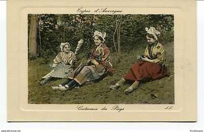 CPA -Carte postale -France -Auvergne - Costumes du Pays (CPV810)