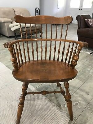ethan allen maple Windsor style captain chair/ LOCAL PICKUP ONLY