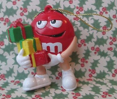 """RED M&M HOLDING PRESENTS 2.75"""" CHRISTMAS ORNAMENT, m&m's"""