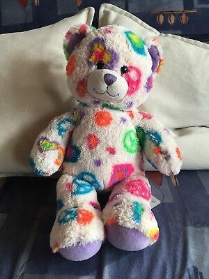 BUILD A BEAR Workshop Teddy Weiß Mit Bunten Herz Und Peace Muster ...
