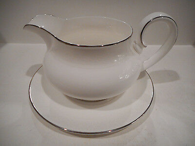 Royal Doulton 2 Pc. Gravy Boat & Under Plate Amulet Pattern H4998 Made England