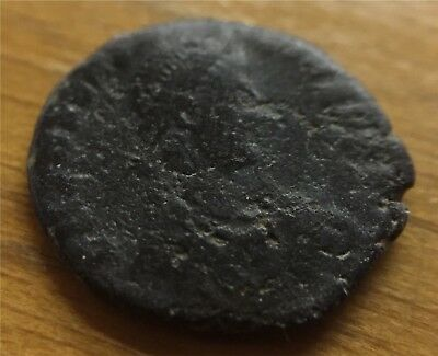 ANTIQUE ROMAN COIN #4 APPROX 12mm AGE UNKNOWN