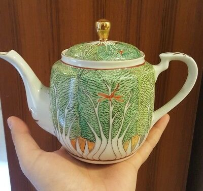 Early 20th Century Japanese Hand Painted Cabbage Leaf Teapot Tea Pot