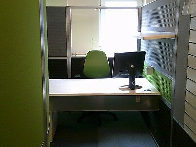 Acoustic Meeting Cubical & Partition sound POD Lime Green & Grey