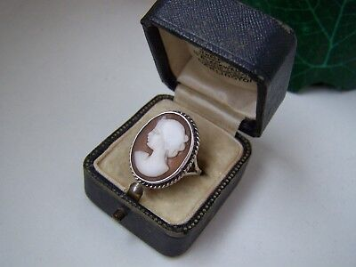 Gorgeous Vintage Antique English Solid Sterling Silver Cameo Shell Ring Size O 7