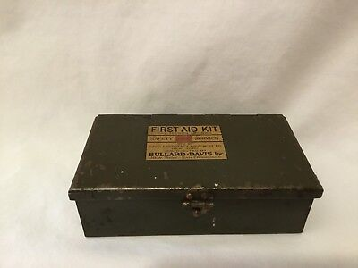 First Aid Kit Metal Box By Davis Emergency Equip. Antique, Patent 1924.