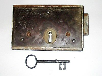 A Working Victorian lock Complete with Key. Cellar/Back/Shed/Out House Door Size