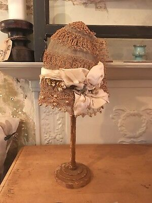 Victorian child's Lace Bonnet And Stand (French)