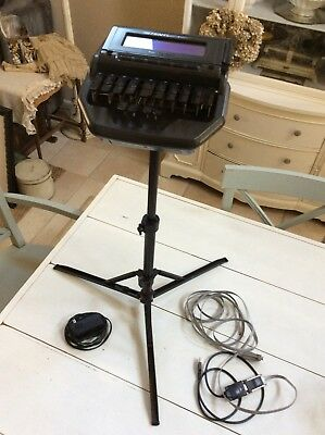 Stentura 8000 Court Reporting Machine/ Comes With Cords And Telescoping Tripod