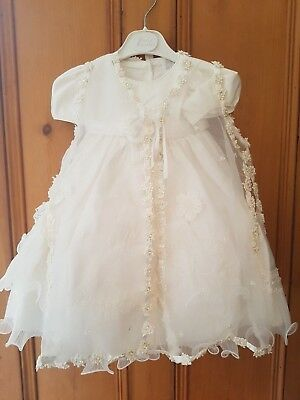 Sale baby girls christening gown complete with bonnet & jacket age 3-6 months