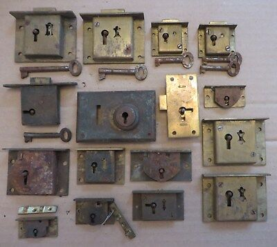 16 Old antique vintage cabinet locks, some with keys. Cupboard drawer brass lock