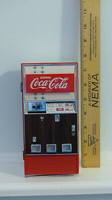 1996 Enesco Coca Cola Collectible Musical Bank Vending Machine