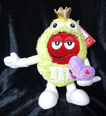 M&M Red Plush Stuffed Green Frog Prince Valentines Day Kiss Me Pillow 8 inch
