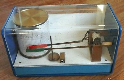 Gluck Barograph And Recorder Model 7D R8D + Pack Of Recording Sheets