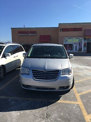 2008 Chrysler Town & Country Signature series 2008 Chrysler Town & country Edition Signature Series - luxury 7 passenger