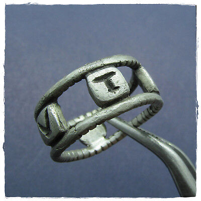 ** VTERE-FELIX-USE-HAPPILY ** ancient-SILVER Roman ring III- IV-century