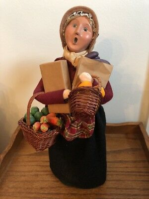Byers Choice Caroler 2011 Woman w/ Baskets Vegetables Brown Paper Bags Signed