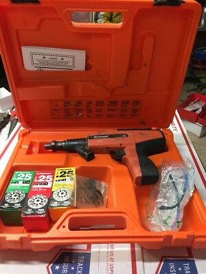 Ramset Red Head D60 Powder Actuated Concrete Fastening Tool w/ Hard Case #6211