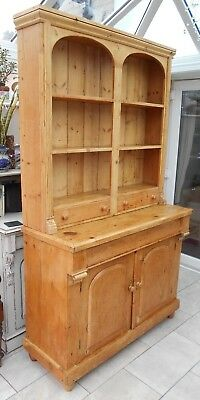 Superb  Victorian  Pine  Farmhouse  Kitchen    Dresser