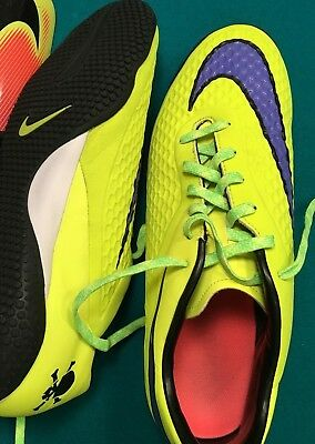 Nike Hypervenom Indoor Soccer Shoes (Model 599849-758) (Men)