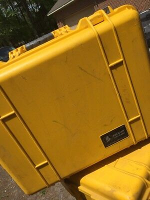 Genuine Pelican 1560 case Yellow with Lid Organizer- Rolling Wheels & Handle