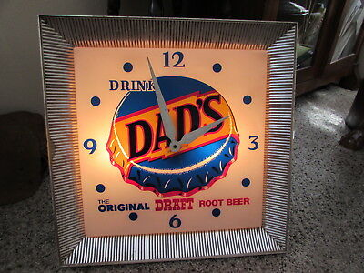 Vintage DAD'S ROOT BEER Light Up Clock Advertising Store Sign GUC nonwork clock