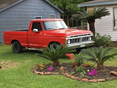 1979 Ford F-100  Nice 1979 Ford truck. Standard shift , short bed
