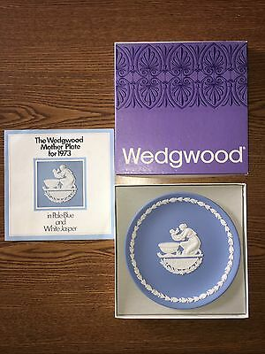 Wedgwood Mothers Plate 1973