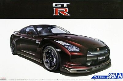 Aoshima 1/24 The Model Car(35)Kit Nissan GT-R R35 Spec V '09 w/Engine Parts