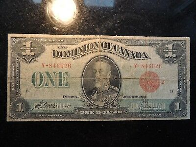 1923 DOMINION OF CANADA ONE DOLLAR $ 1 DC-25g MCCAVOUR SAUNDERS Y-84626 RED SEAL