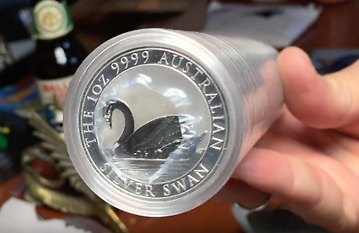 one (1) 2017 Australia Silver Swan 1 Ounce  Silver Coin BU from Perth Mint