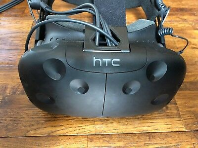 HTC Vive Headset Only + Deluxe Audio Strap