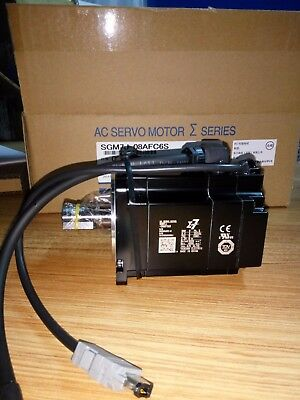 1Pc Yaskawa Ac Servo Motor Sgm7J-08Afc6S New Original Free Expedited Shipping