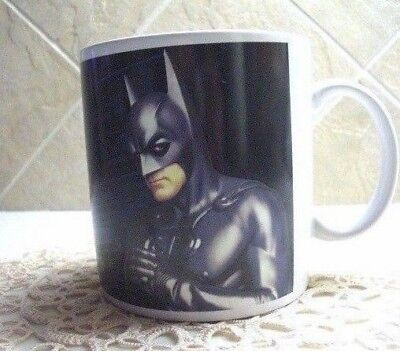 NEW ~ WARNER BROTHERS Exclusive 16 oz BATMAN  Mug ~ ROOFTOP ROMEO